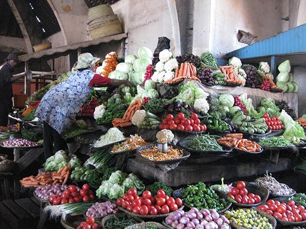 Marché fruits et légumes -Tropical Service